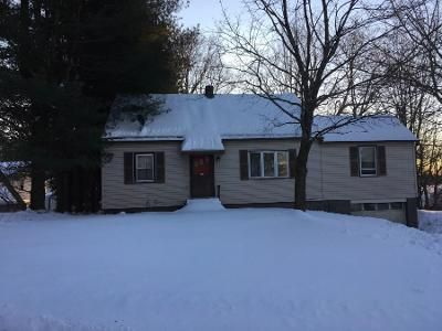 1 Bath Preforeclosure Property in Wynantskill, NY 12198 - Dodge St