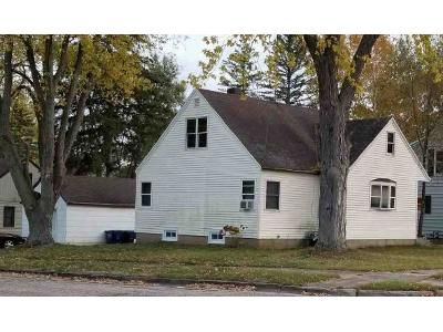 4 Bed 1 Bath Foreclosure Property in Clintonville, WI 54929 - Garfield Ave