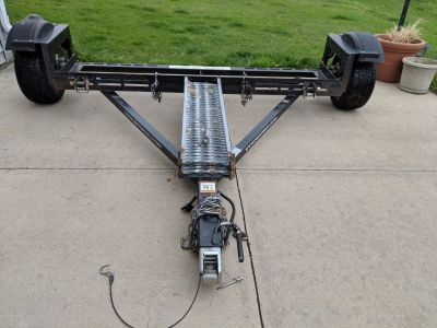 Tow Dolly-EZE- with disc breaking system