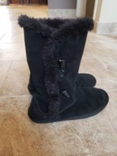 Black Winter Boots Juniors size 10