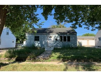 2 Bed 1 Bath Foreclosure Property in Beloit, WI 53511 - Johnson St