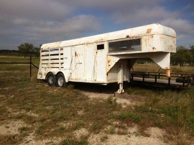 20 ft gooseneck combo horsestock trailer