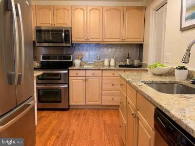 1605 Kenwood Ave #C ALEXANDRIA, Luxurious and spacious 2