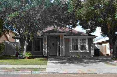 1308 Eisenhower Dr Laredo Four BR, Beautiful home in the Los