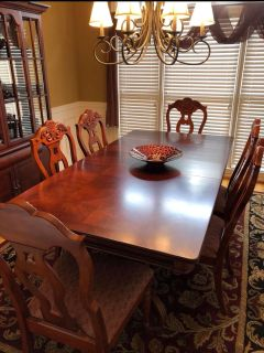 Dining set. Table , 6 chairs, curio cabinet. Pick up in Lake Cyrus in Hoover. No delivery