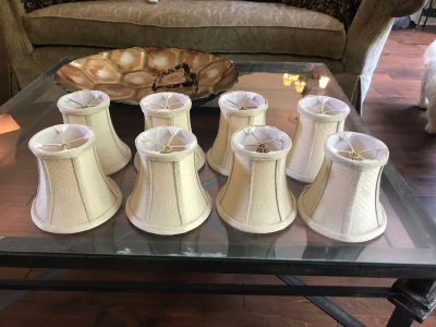 8 lamp chandelier shades $10 great cond