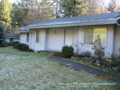 **$350 Move-In-Special**Nice 3 Bed 2 Bath home in Gig Harbor