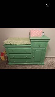 Children s dresser/changing table