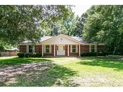 3 Bed 2 Bath Foreclosure Property in Irvington, AL 36544 - Woodland Terr Dr N