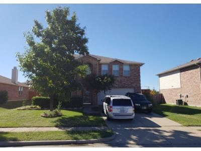 3 Bed 2 Bath Preforeclosure Property in Little Elm, TX 75068 - Teal Cove Ln