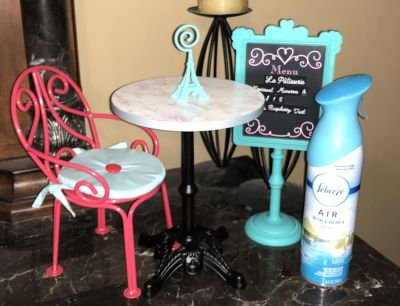 Very cute American girl bistro set EEUC also has a lilac bottle that comes with it