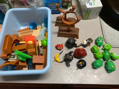 Angry Birds Lot