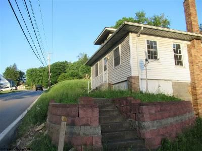 4 Bed 2 Bath Foreclosure Property in Fairmont, WV 26554 - Box 99