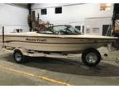 1996 MasterCraft Prostar-Series-190 Power Boat in Lake St. Louis, MO