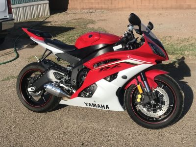 Excellent condition low miles 2013 Yamaha R6