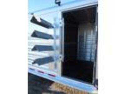 "2019 Platinum Coach 4 horse 4' SW 7'6"" wide SWING OUT SADDLE RACK 4 horses"