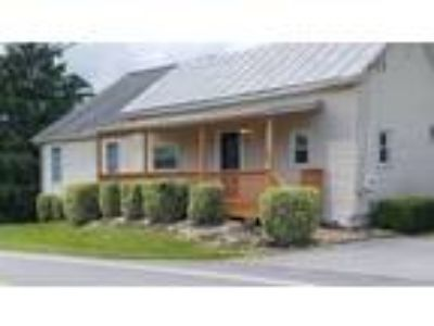 Four BR Two BA In Mount Airy MD 21771