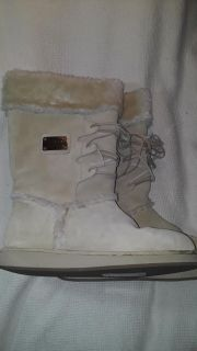 New GUESS LOS ANGELES Womens Size 8.5 Guess Tan Fur Natural Suede Boots
