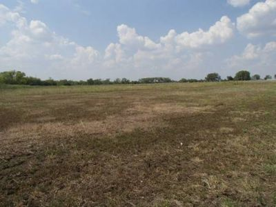 25 ACRE MINI-RANCH FORECLOSURE AT HUGE DISCOUNT-BARNFENCINGPOND (MOODY)