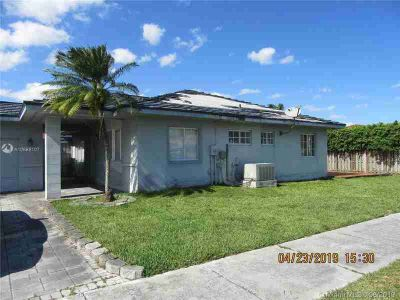 14341 SW 147th Pl MIAMI Three BR, Amazing opportunity to own this