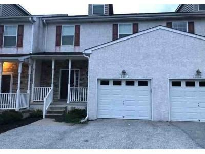 3 Bed 2.5 Bath Foreclosure Property in Malvern, PA 19355 - Booksellers Ct # 2