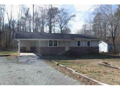 3 Bed 1 Bath Foreclosure Property in Madisonville, TN 37354 - Stephens Rd