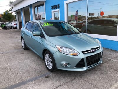 2012 Ford Focus SEL (Green)