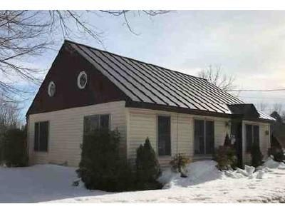 2 Bed 1 Bath Foreclosure Property in Enfield, NH 03748 - Nh Route 4a