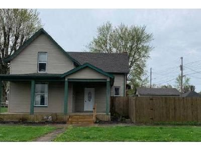 2 Bed 2 Bath Foreclosure Property in Rushville, IN 46173 - E 9th St