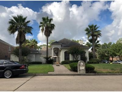 4 Bed 3.5 Bath Preforeclosure Property in Spring, TX 77379 - Conners Ace Dr