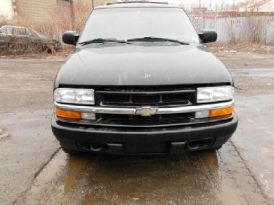 $100,000 2001 chevy trailblazer parting out