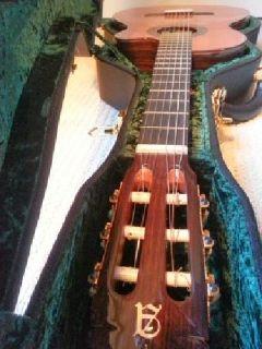 CUSTOM Alhambra Guitar + EXTRAS