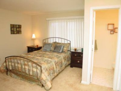1 Bed - Tiffany Woods Apartments