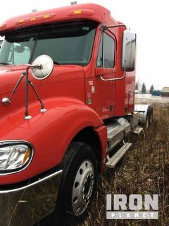 2008 Freightliner Columbia 120 T/A Day Cab Truck Tractor