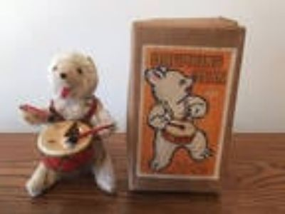 White Drumming Bear Vintage Wind Up Toy with Key Japan - In