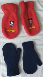 2 pairs of Children s Mittens & 4 Pairs of Thick Cotton Sox - New - 2T