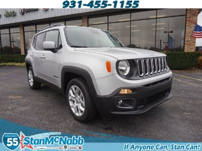 2018 Jeep Renegade Latitude (Glacier Metallic)