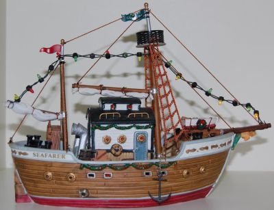 2002 Lighted Christmas Boat
