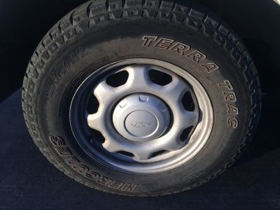 Set of 17 inch FORD Rims & Tires & Caps (2010)