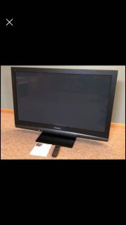 "50"" Panasonic Plasma TV 720P HDMI Optical Out Tuner Clean"