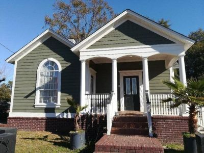 $2200 3 single-family home in Charleston County