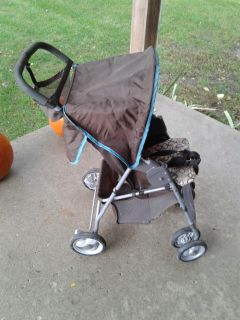 Mid size stroller