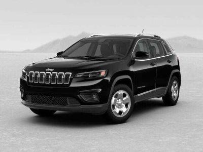 2019 Jeep Cherokee LATITUDE FWD (Diamond Black Crystal Pearlcoa)