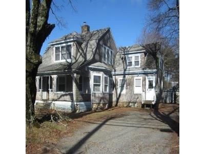 3 Bed 2 Bath Foreclosure Property in Middleboro, MA 02346 - Wareham St