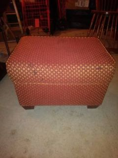 Padded stool bench ottoman