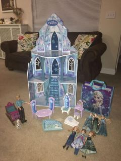 Disney Frozen dollhouse / Ice Castle with 6 barbies, Kristoff, and Olaf!