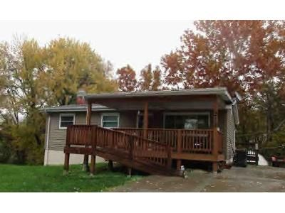 3 Bed 1 Bath Preforeclosure Property in Gray Summit, MO 63039 - Elm Dr