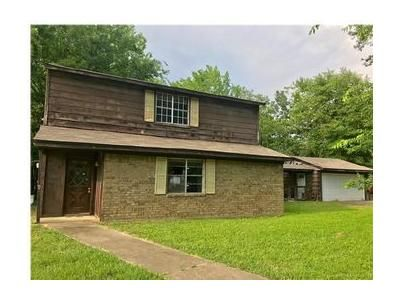 3 Bed 2 Bath Foreclosure Property in Kilgore, TX 75662 - Beall St