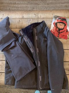 North Face snowsuit (jacket and 2 pants )