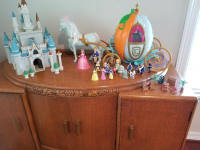 Disney castle and carriage
